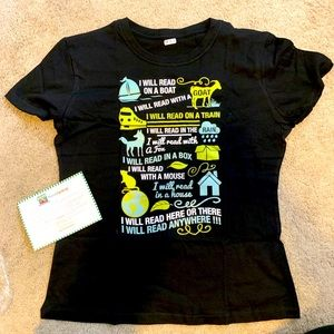 "NWT T-shirt in medium  with ""reading"" poem"